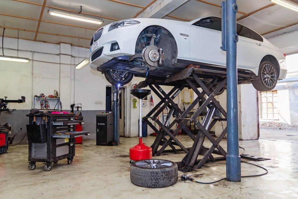 Výměna oleje na počkání | Autoservis, pneuservis Pneu Fric – Brno-střed