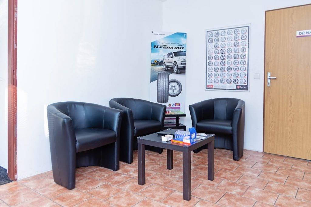 Pneuservis, autoservis na počkání | Pneu Fric – Brno-střed
